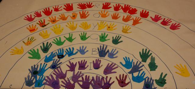 30 hands up rainbow